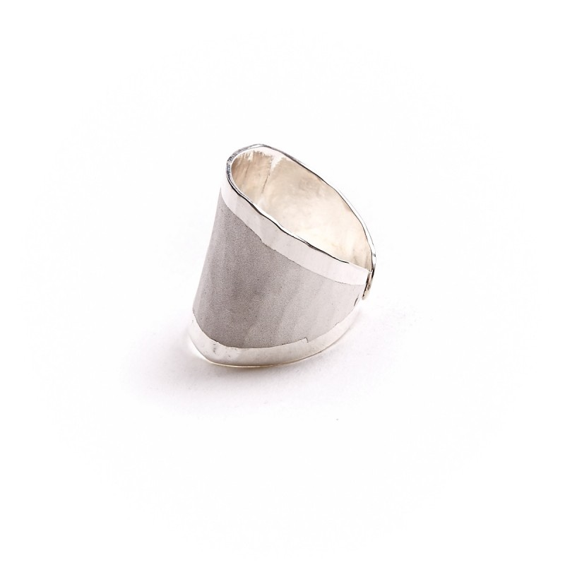 Bague argent martelée mat brillant, bijoux de créateur, vente en ligne, bijouterie