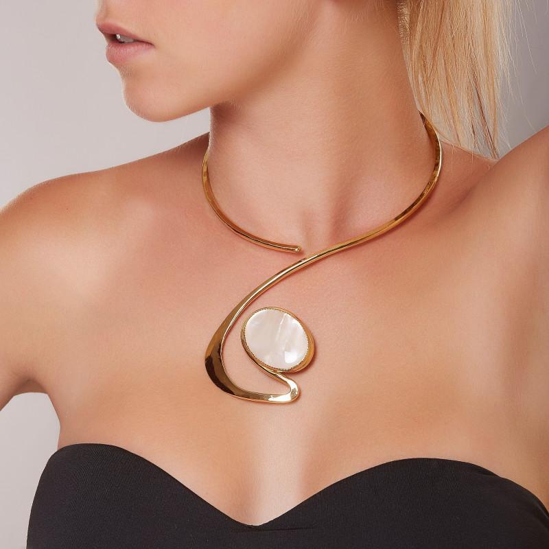 Collier plaqué or Nacre, bijoux de créateur, vente en ligne, bijouterie, bijou artisanal