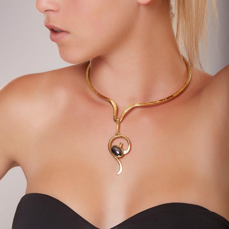 Collier plaqué or Hématite Elegance, bijoux de créateur, vente en ligne, bijouterie, bijou artisanal