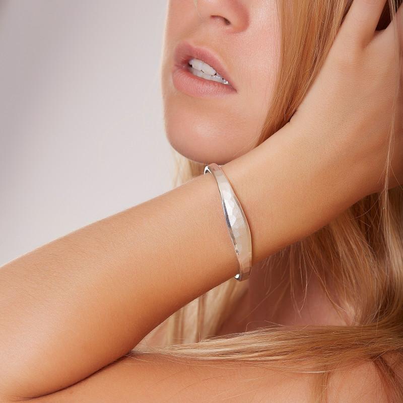 Bracelet argent Martelé mat brillant, bijoux de créateur, vente en ligne, bijouterie,  bijou artisanal