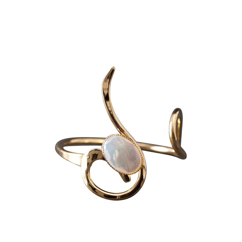 Bracelet plaqué or nacre Lizae, bijoux de créateur, vente en ligne, bijou artisanal, bijou fabrication française
