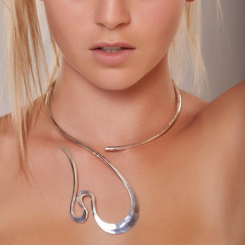 Collier argent séduction, bijoux de créateur, vente en ligne, bijou artisanal, bijouterie en ligne