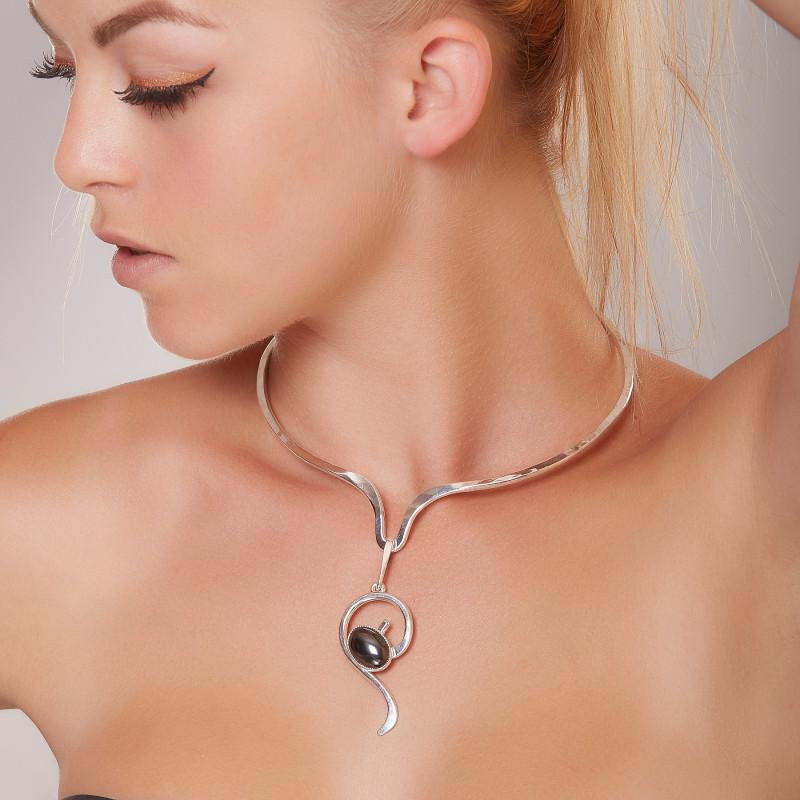 Collier argent avec hématite, bijoux de créateur, vente en ligne, bijou artisanal, bijouterie en ligne