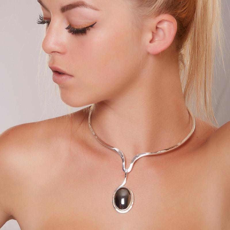 Collier argent avec hématite Douce caresse, bijoux de créateur, vente en ligne, bijou artisanal, bijouterie en ligne