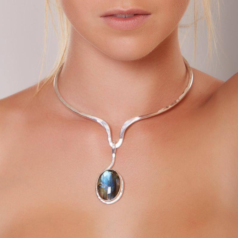 Collier argent avec labradorite, bijoux de créateur, vente en ligne, bijou artisanal, bijouterie en ligne