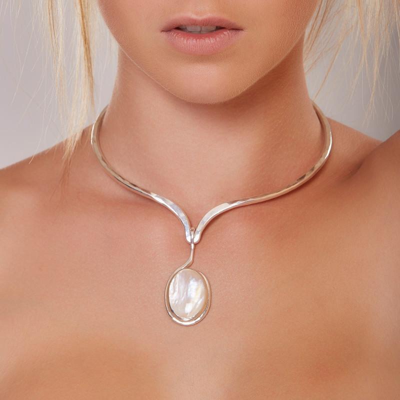 Collier argent avec nacre, bijoux de créateur, vente en ligne, bijou artisanal, bijouterie en ligne