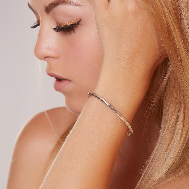 Bracelet argent tork, bijoux de créateur, vente en ligne, bijou artisanal, bijouterie en ligne
