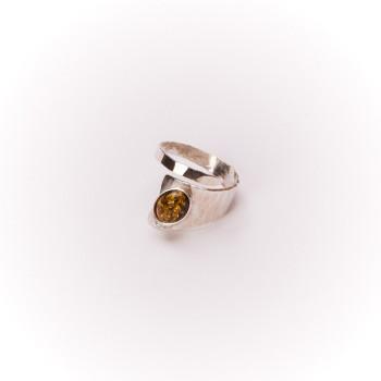 Bague argent avec Ambre verte Romae, bijoux de créateur, bijou artisanal, vente en ligne, bijouterie
