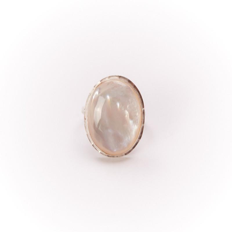 Bague argent nacre Felice, bijoux de créateur, vente en ligne, bijouterie, bijou artisanal