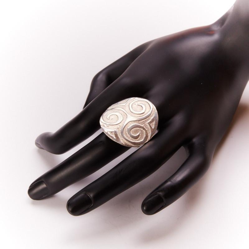 Bague argent Triskel, bijoux de créateur, vente en ligne, bijou artisanal