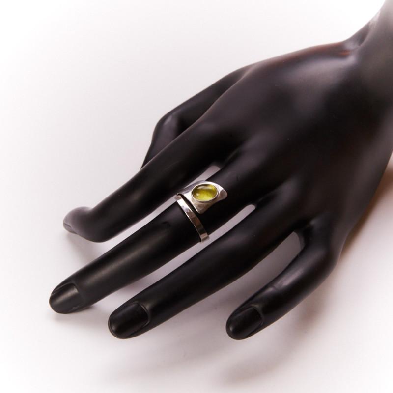 Bague argent péridot Romae, bijoux de créateur, vente en ligne, bijouterie, bijou artisanal