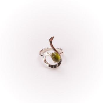 Bague argent avec péridot Lizae, bijoux de créateur, vente en ligne, bijouterie, bijou artisanal