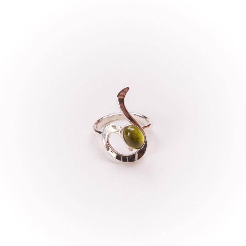 Bague argent avec péridot, bijoux de créateur, vente en ligne, bijouterie, bijou artisanal