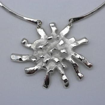 Collier argent soleil, bijoux de créateur, vente en ligne, bijou artisanal, bijouterie en ligne