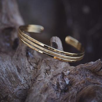 Bracelet plaqué or martelé Desiria, bijoux de créateur, vente en ligne, bijouterie, bijou artisanal