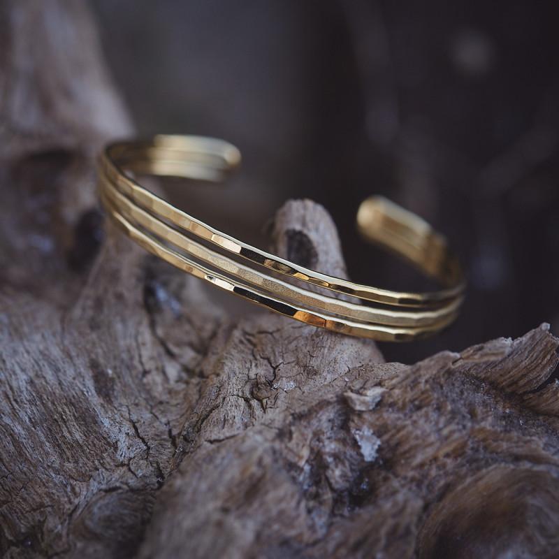 Bracelet plaqué or Desiria, bijoux de créateur, vente en ligne, bijouterie, bijou artisanal