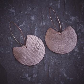 Boucles d'oreille plaqué or rose Imprimé cuir, bijoux de créateur, bijouterie en ligne