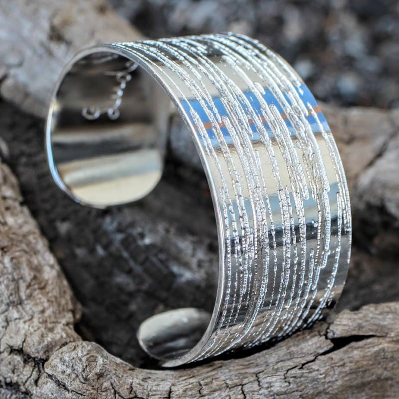 Bracelet argent Strie, bijou artisanal du créateur Ludovic GOUPIL, vente en ligne, bijouterie.
